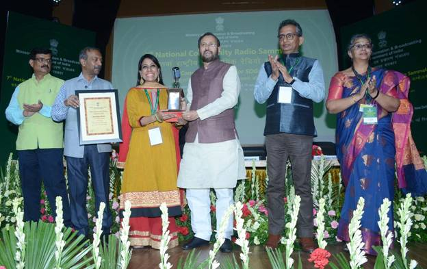 Shri Prakash Javadekar presents National Awards for Community Radio for 2018 and 2019