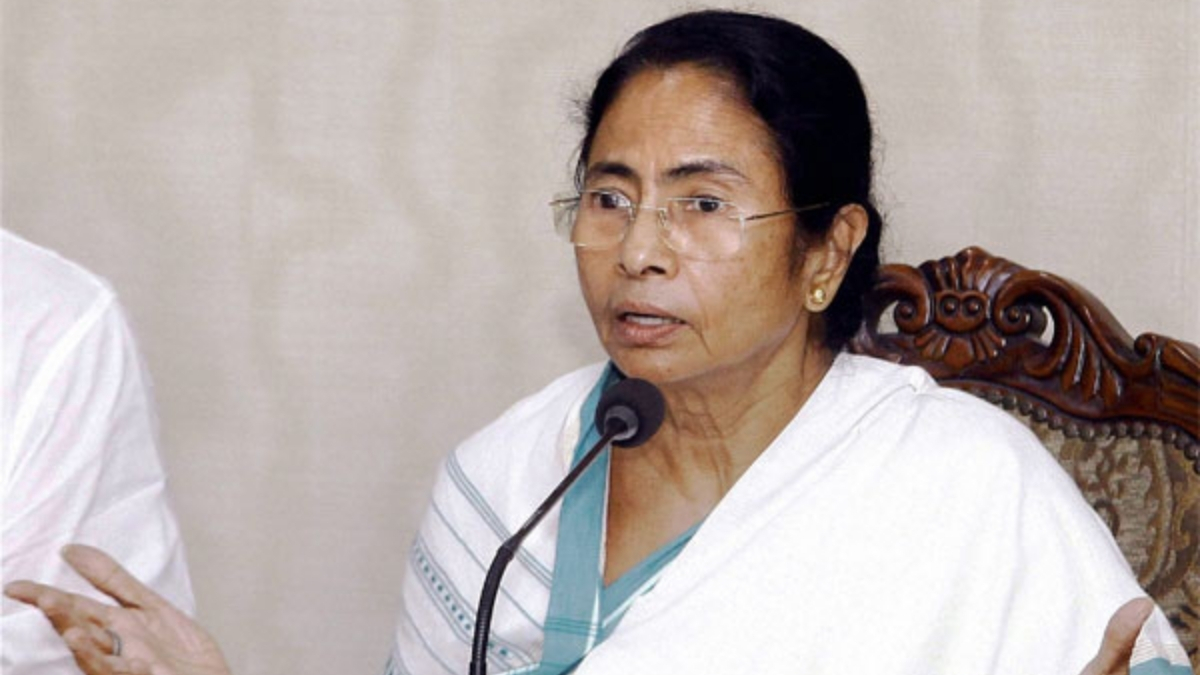 Mamata Banerjee announces hike for daily wage workers