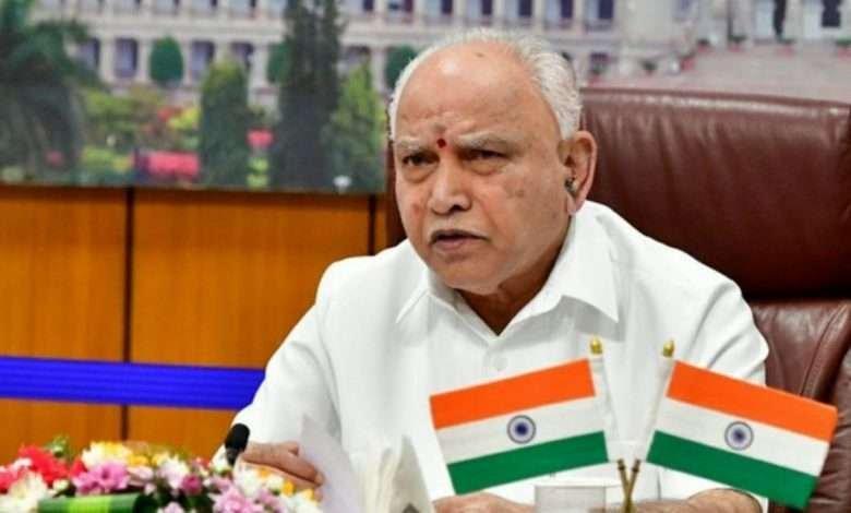 Karnataka CM urges KSRTC, BMTC employees to end strike