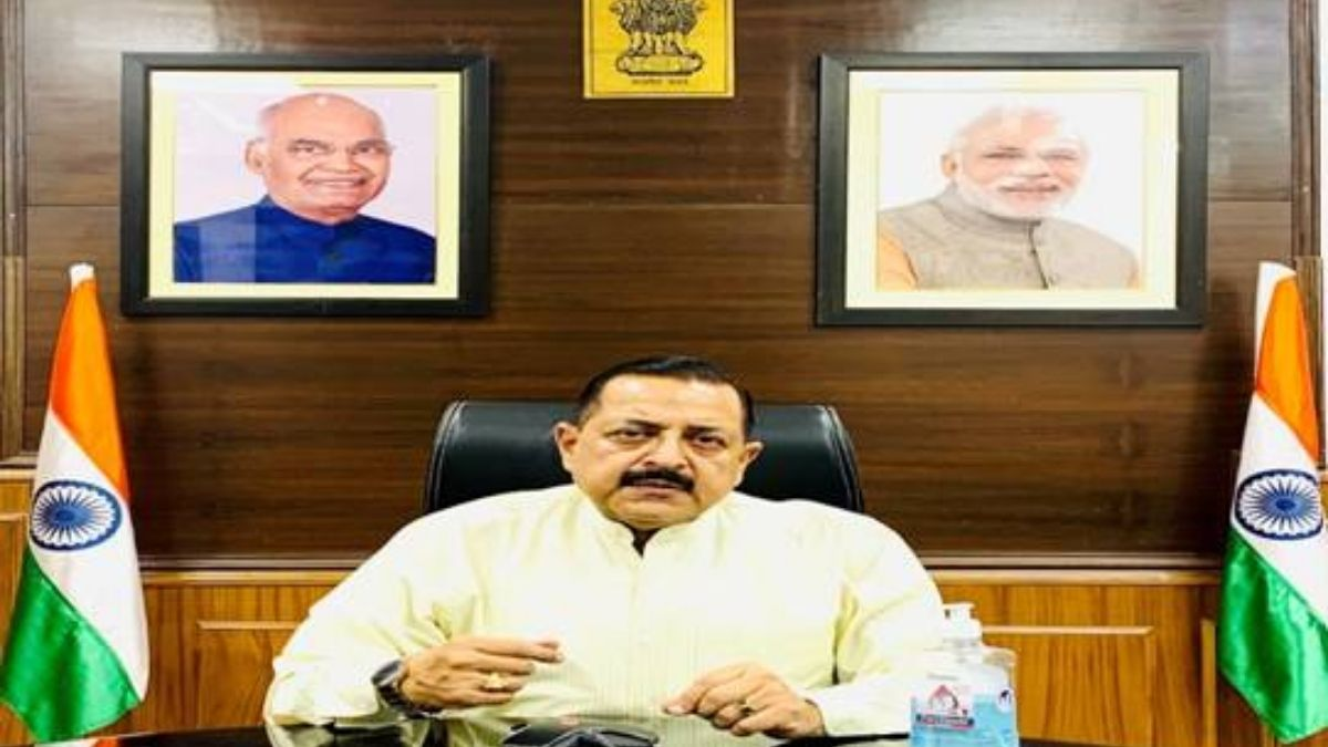 Union Minister Dr. Jitendra Singh appeals to all Central Government Employees aged 18 years and above to get themselves vaccinated at the earliest
