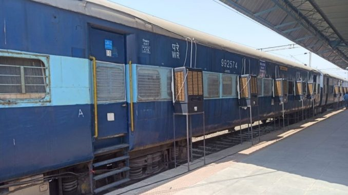 Railway mobilizes Additional Covid Care Coaches for use in States of Madhya Pradesh and Maharashtra