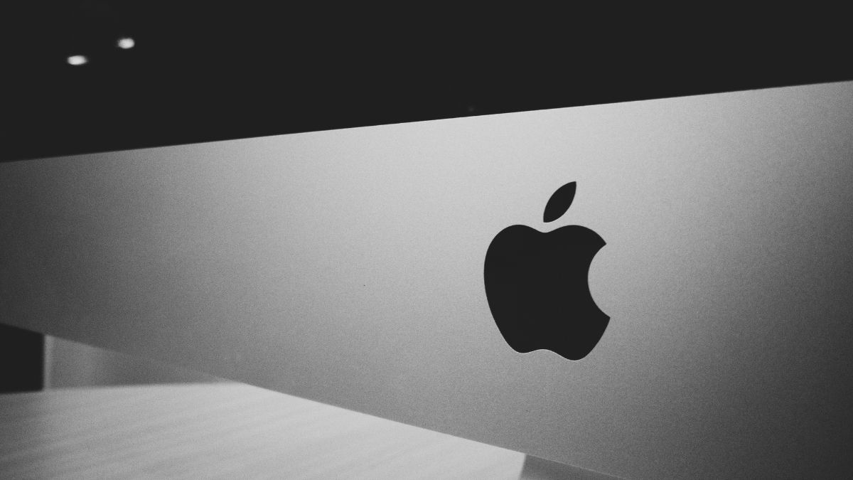 Apple discontinuing space gray accessories