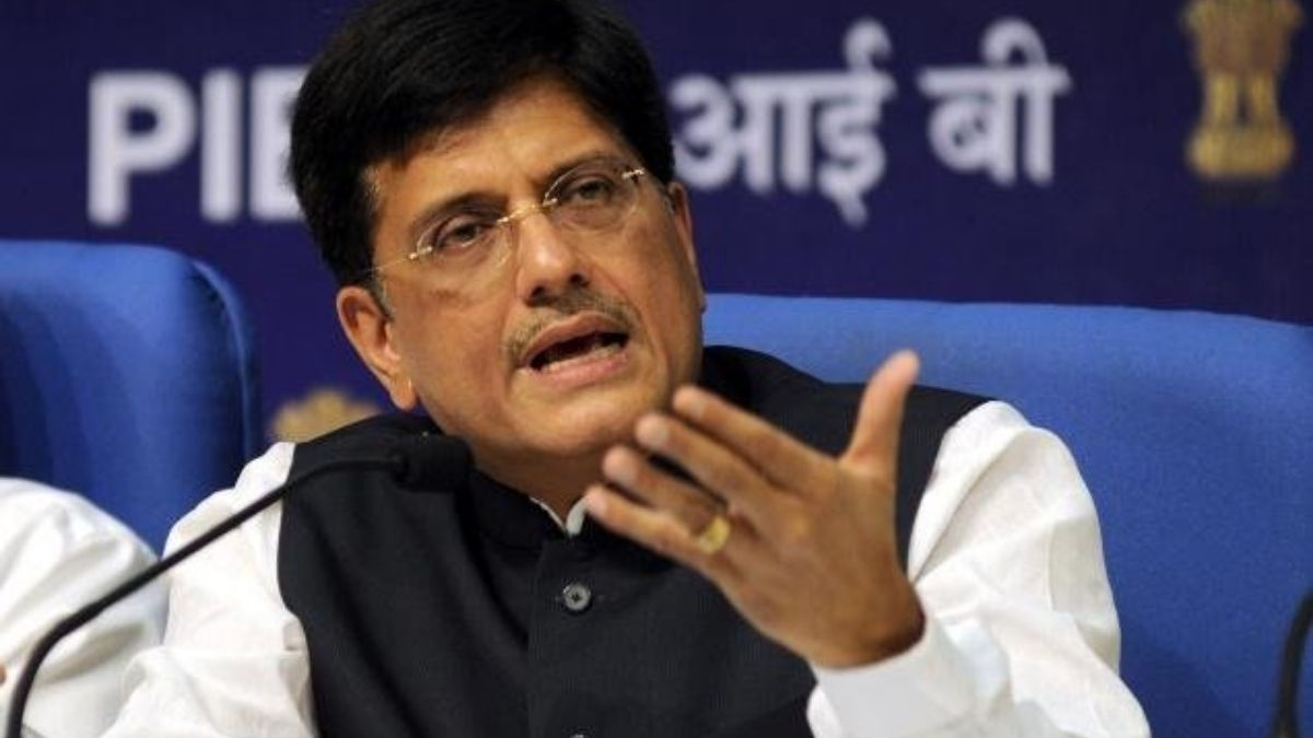Keep a strict watch on prices of essential commodities in the States: Shri Piyush Goyal