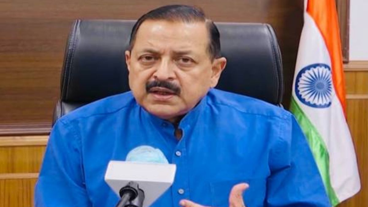 Dr. Jitendra Singh calls for a revival of free Tele-Consultation facilities in all districts of Jammu and Kashmir for rural and home isolation patients