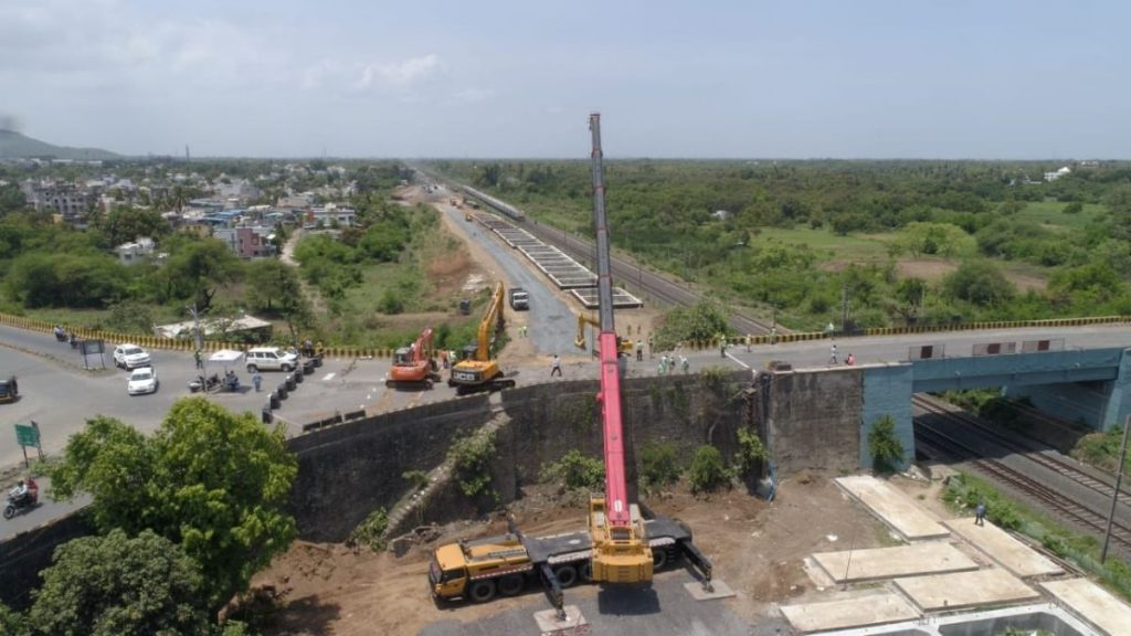 Indian Railways successfully completes work on the Valsad Road Over Bridge (ROB) on Dedicated Freight Corridor in a record 20 day time.