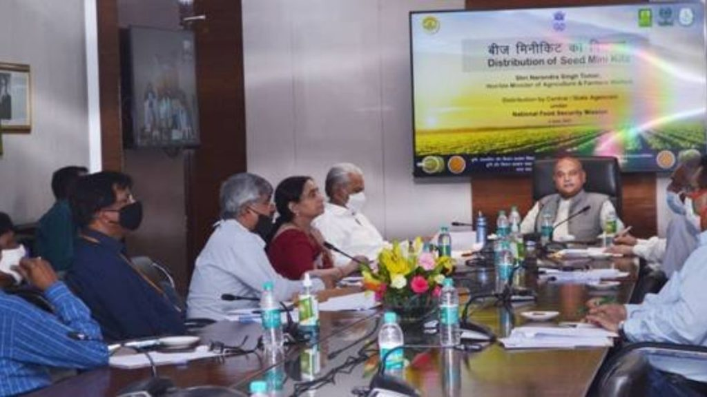 Roadmap for Self Sufficiency in Pulses and Oilseeds: Agriculture Minister