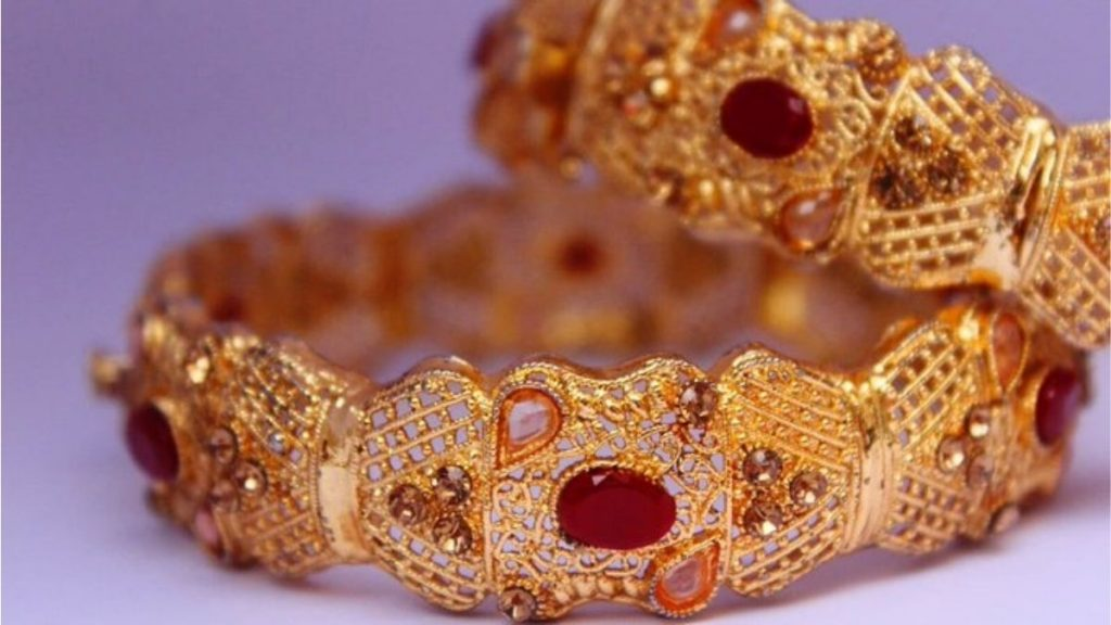 Mandatory Hallmarking of Gold Jewellery comes into force from Today