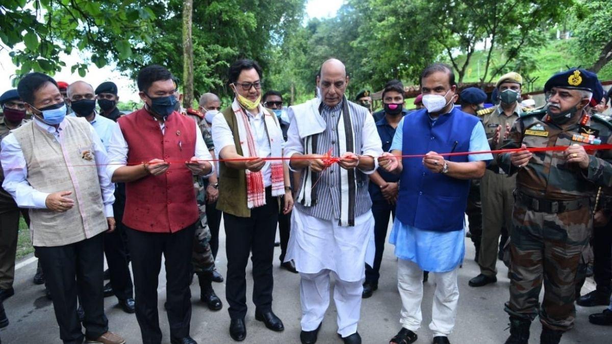 Raksha Mantri Shri Rajnath Singh dedicates to the nation 12 roads, built by BRO, in Northern and Eastern border areas