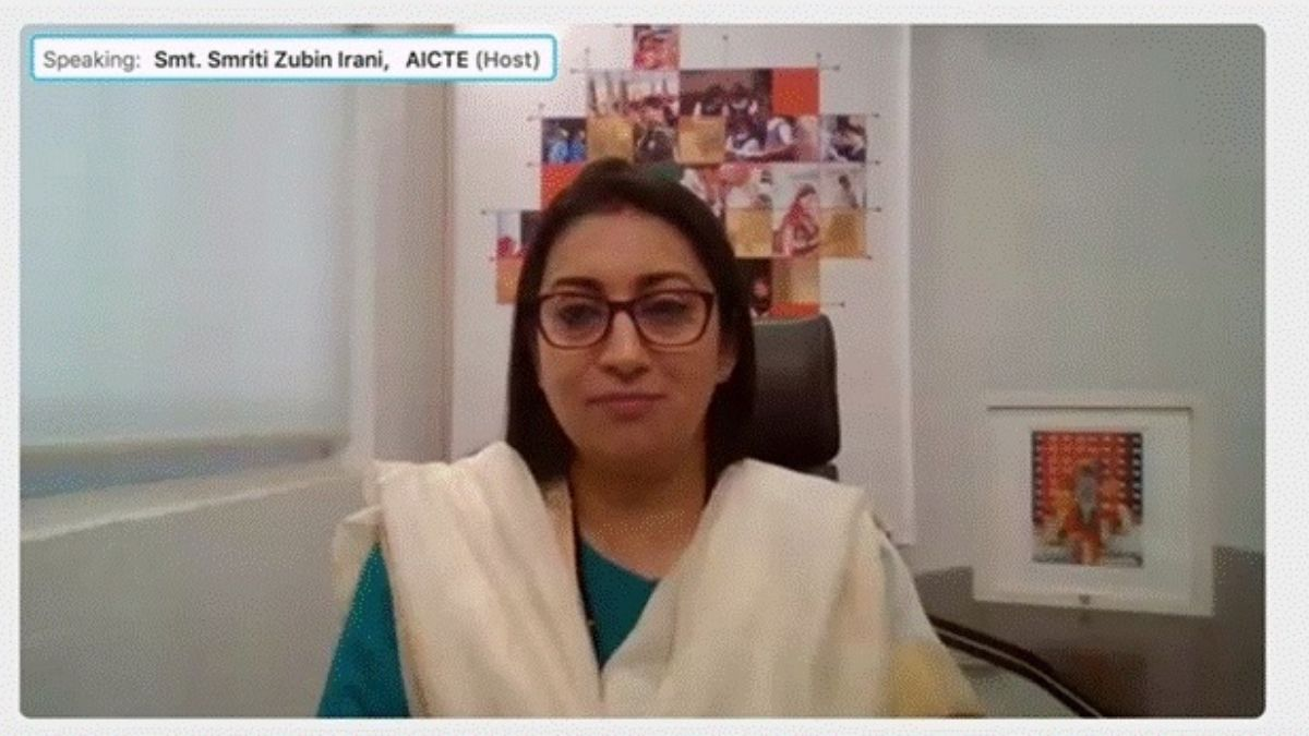 Smt Smriti Zubin Irani Calls for Research on the impact of Toys on the neurological development of children