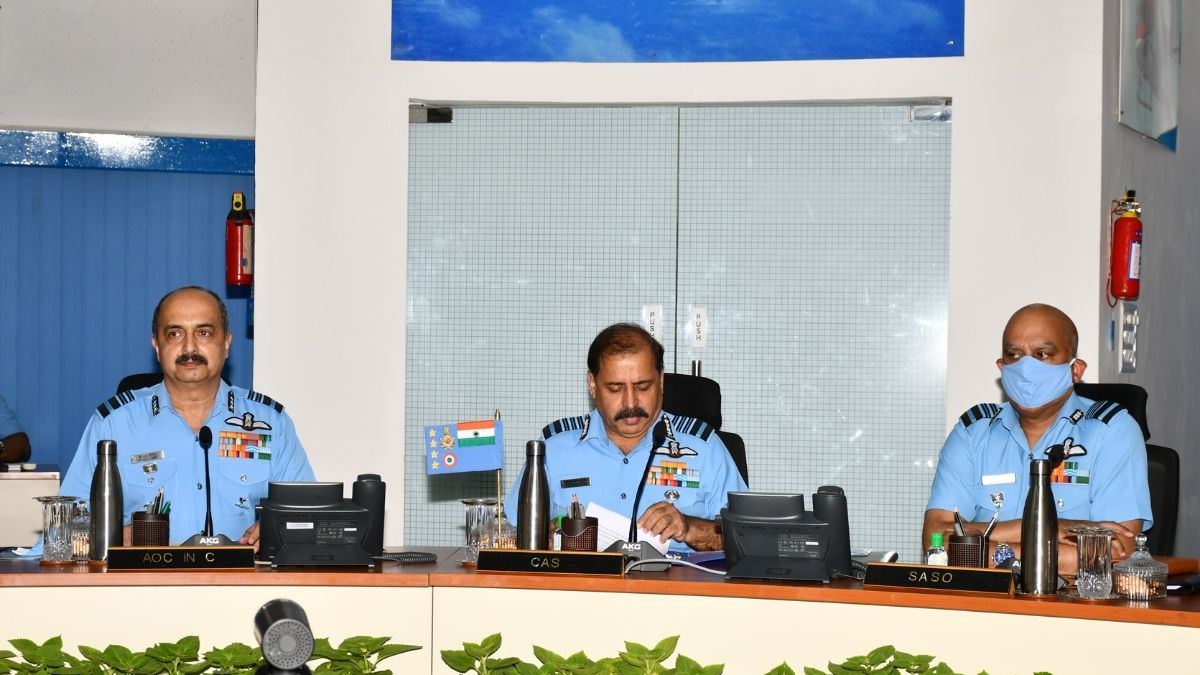 WESTERN AIR COMMAND COMMANDERS' CONFERENCE