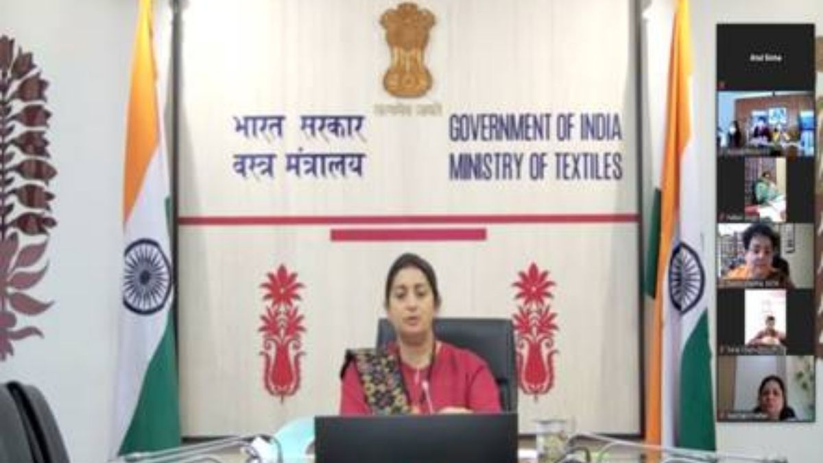 Smt Smriti Zubin Irani exhorts Protection Officers to make it possible for the Victimsto access all the Legal Rights available to them