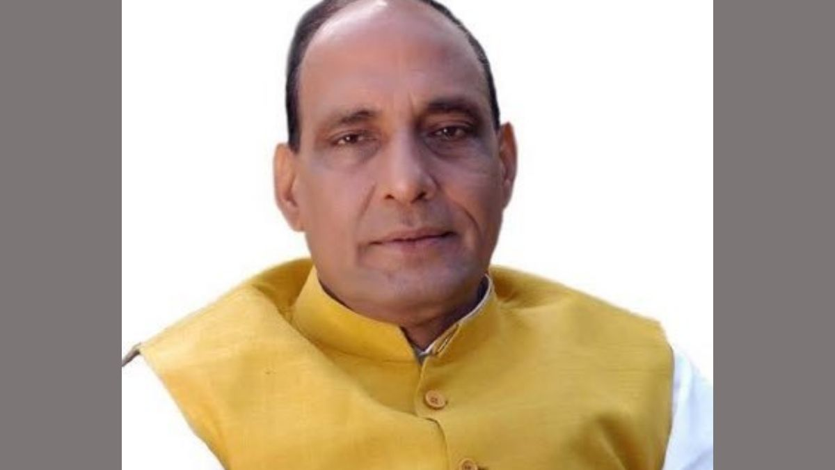 Raksha Mantri Shri Rajnath Singh interacts with Defence Civilian Employees' Federations on issues related to OFB Corporatisation