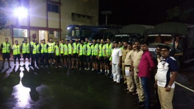 Indian Navy mobilizes rescue teams for flood relief and evacuation in Maharashtra