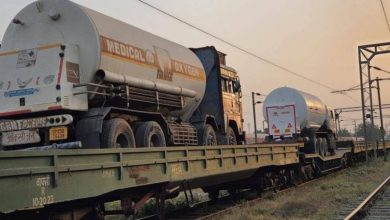 First time ever, Indian Railways' Oxygen Express transport 200 MT Liquid Medical Oxygen (LMO) to Bangladesh in 10 containers