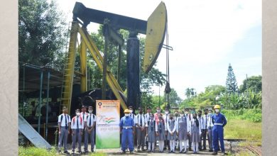 OIL organizes study visits for school students to a Sucker Rod Pump