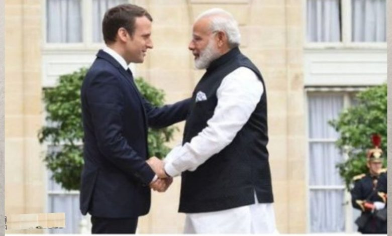 PM speaks on telephone with President of France